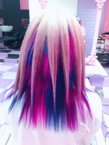 AiNAちゃんきてくれました。僕は、初挑戦のインナーブロックカラー!めちゃ苦労するけど、さりげなく可愛くて最高です!僕は、ピンク、パープル、ブルーのCandye♡Syrupカラーでいきました。3